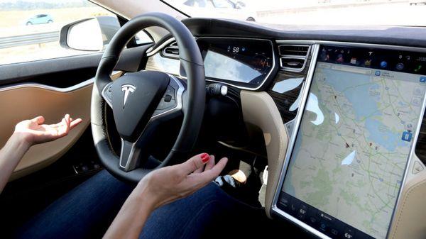 Systeme Autopilot Tesla