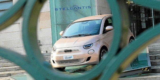 Groupe Stellantis Peugeot Citroen Fiat Chrysler